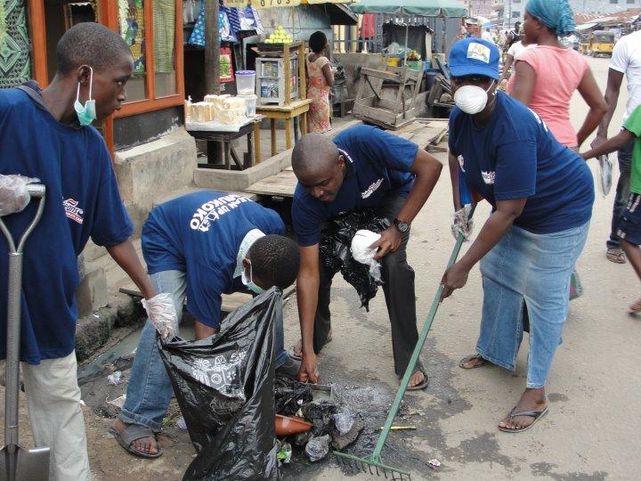 World Clean up 2013 : nettoyer le monde en un jour !  (2/5)