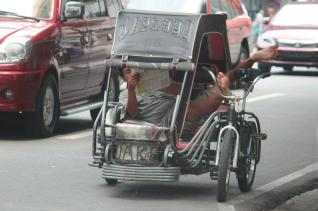 philippines-nicolas-tuk-tuk